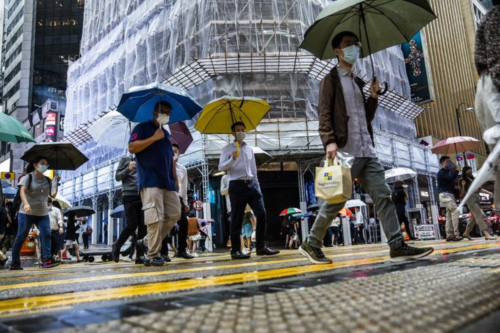 Çin'de 'bin yılın en şiddetli yağmuru' sele neden oldu: 16 can kaybı - 19