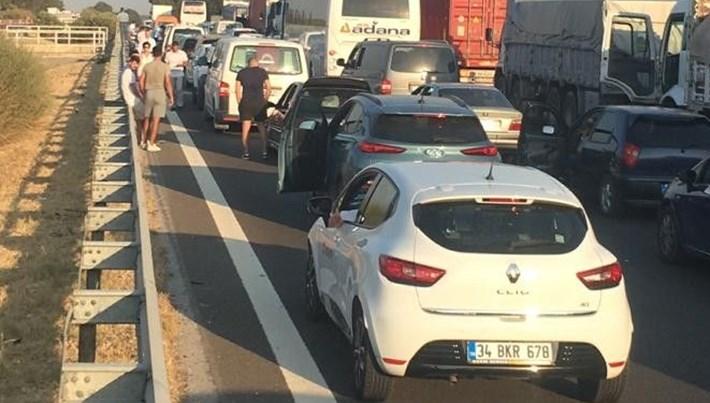 Aydın-İzmir otobanı çift yönlü ulaşıma kapandı