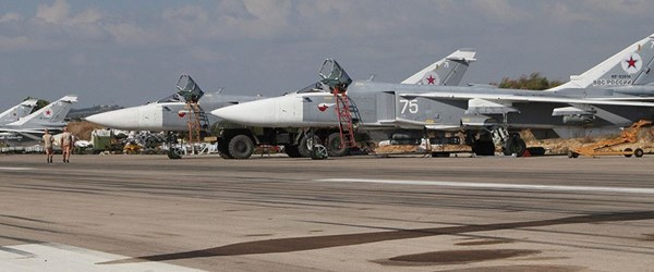 Rusya'nın Suriye'deki askeri üslerine İHA'larla saldırı