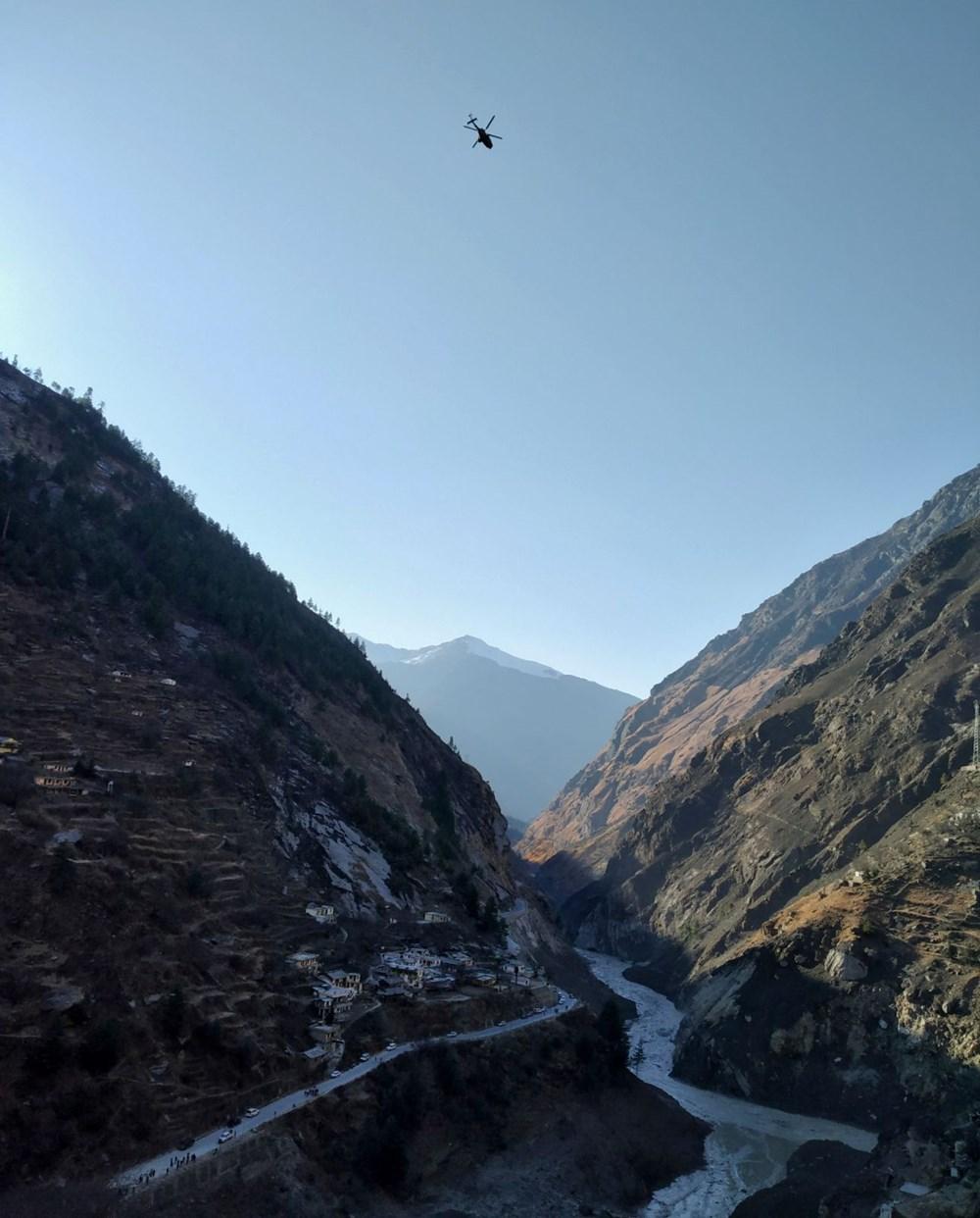 Hindistan'da nehre düşen buz kütlesi sele neden oldu: 170 kayıp, 14 ölü - 3