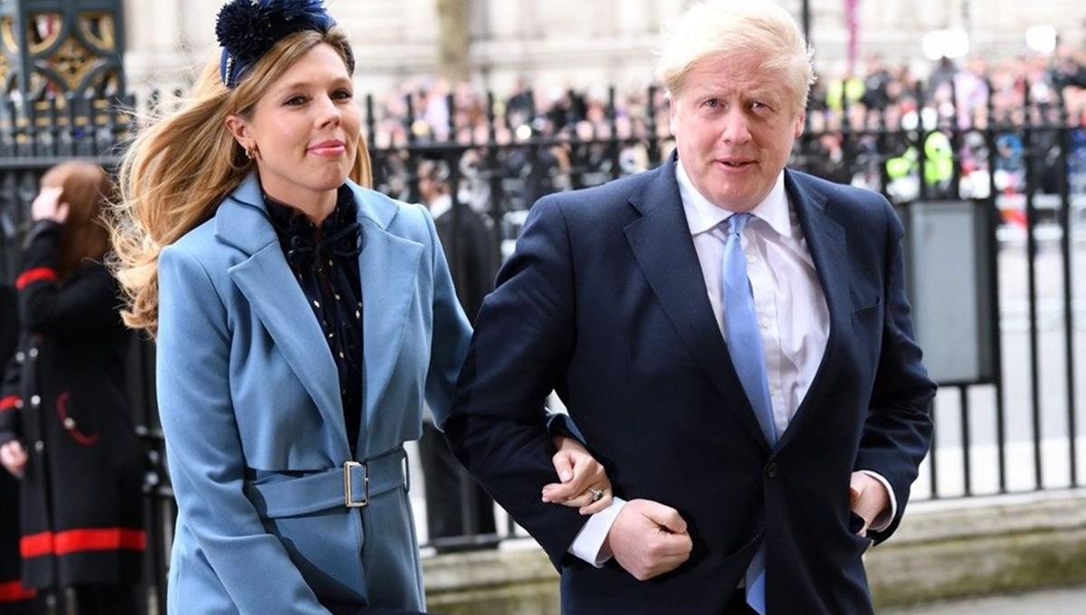 Boris Johnson'ın başı evine yaptırdığı dekorasyonla dertte