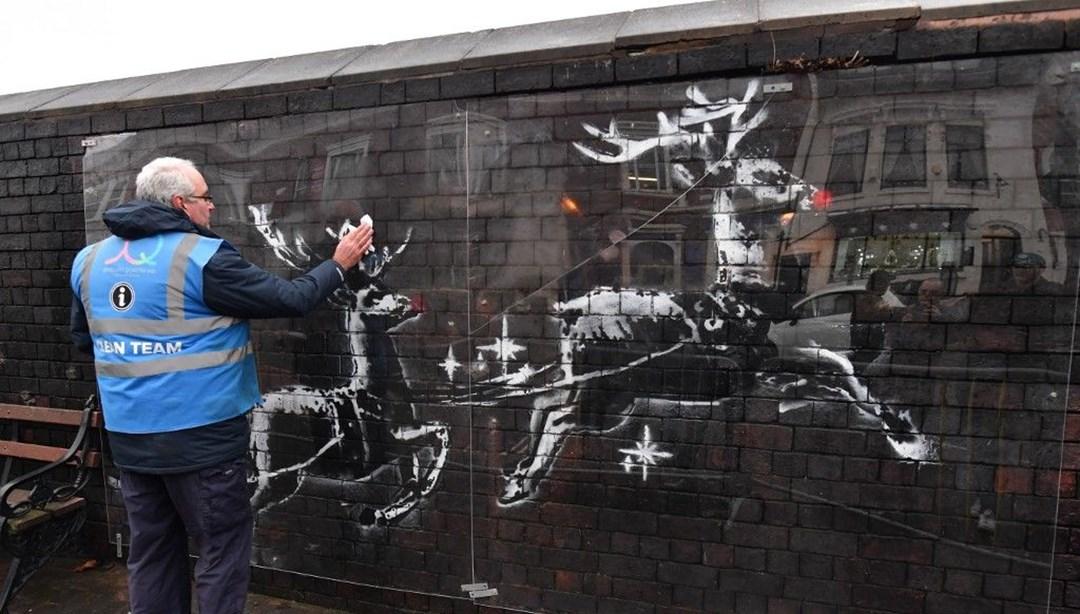 Banksy'nin eserine saldırı