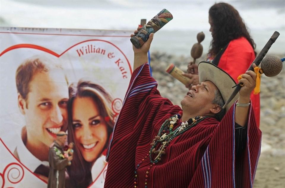 Peru'da yaşayan Şamanlarçiftin mutlulukları için böyle dua etti.