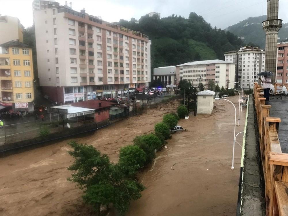 Şiddetli yağış Rize'yi de vurdu: 2 can kaybı - 18