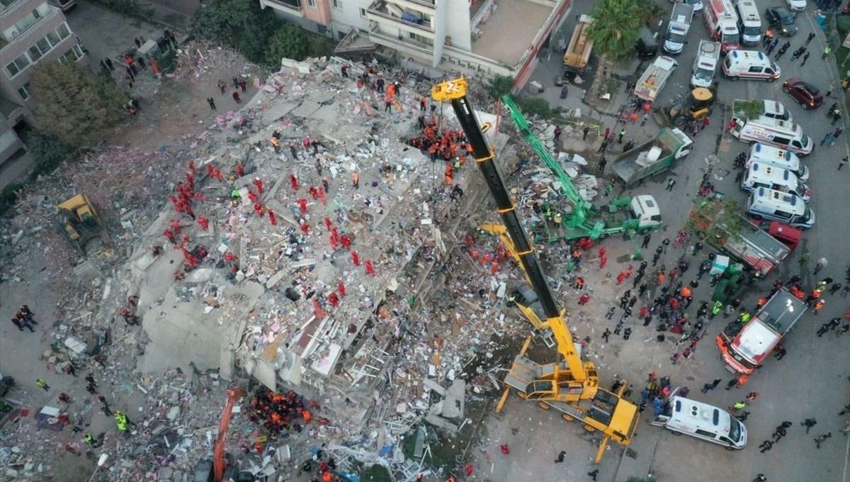 İzmir Seferihisar açıklarında 6,6 büyüklüğünde deprem: 35 can kaybı