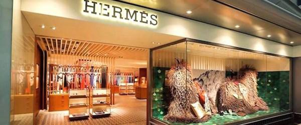 Lüksün patronu İstanbul'a geldi (Xavier Hermes mağaza baktı)