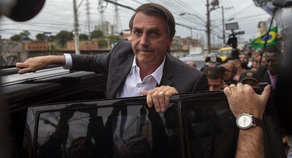"""Güney Amerika solu Brezilya'da iktidar için yarışan Jair Bolsonaro'yu """"mide bulantısı"""" olarak nitelendiriyor."""