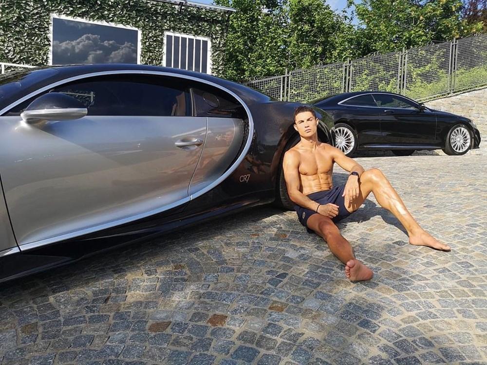 Cristiano Ronaldo dünyanın en pahalı arabasını aldı (Ronaldo'nun otomobil koleksiyonu) - 2