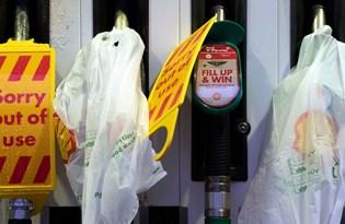 İngiltere'de yakıt krizi: Hükümet ek önlemleri açıkladı