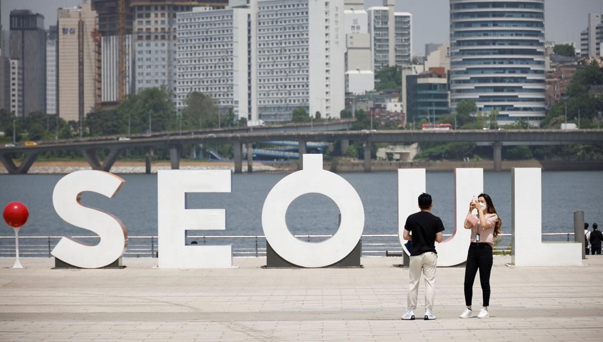 Güney Kore'de corona virüs aşısı olanlara maske zorunluluğu kaldırılıyor