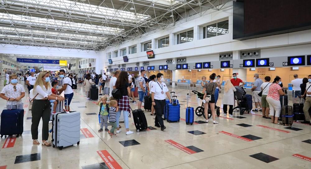 Kapılar açıldı, Ruslar akın akın geliyorlar! Rusya'dan hava trafiği yüzde 45 arttı - 9