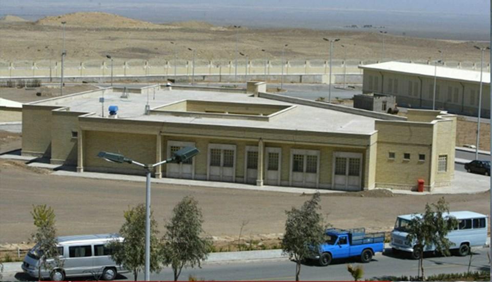 Natanz nükleer tesisinin 2005 yılında çekilen bir fotoğrafı (AFP).