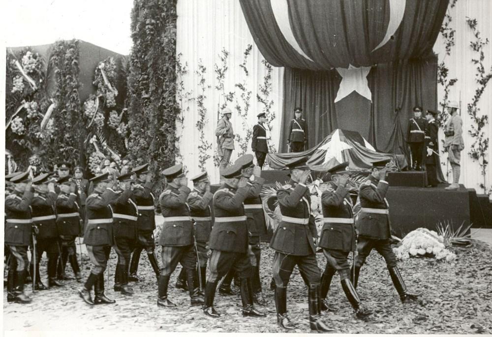 Mustafa Kemal Atatürk'ün ebediyete intikalinin 82. yılı (10 Kasım 1938) - 33