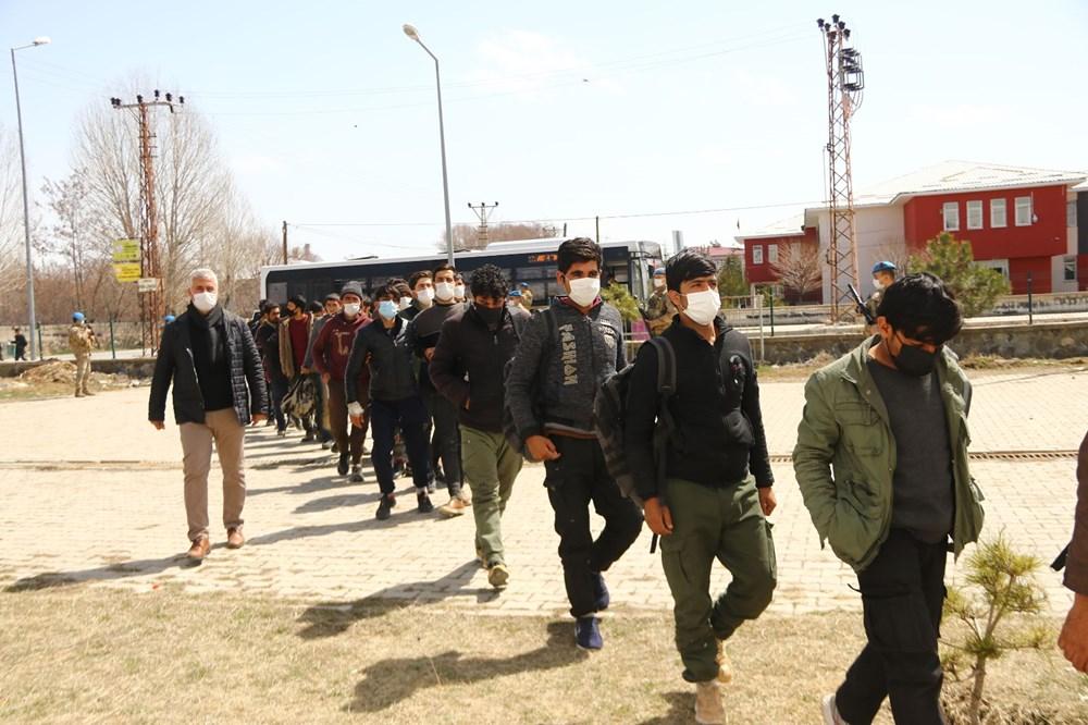 TIR dorsesinden 218 kaçak çıktı - 6