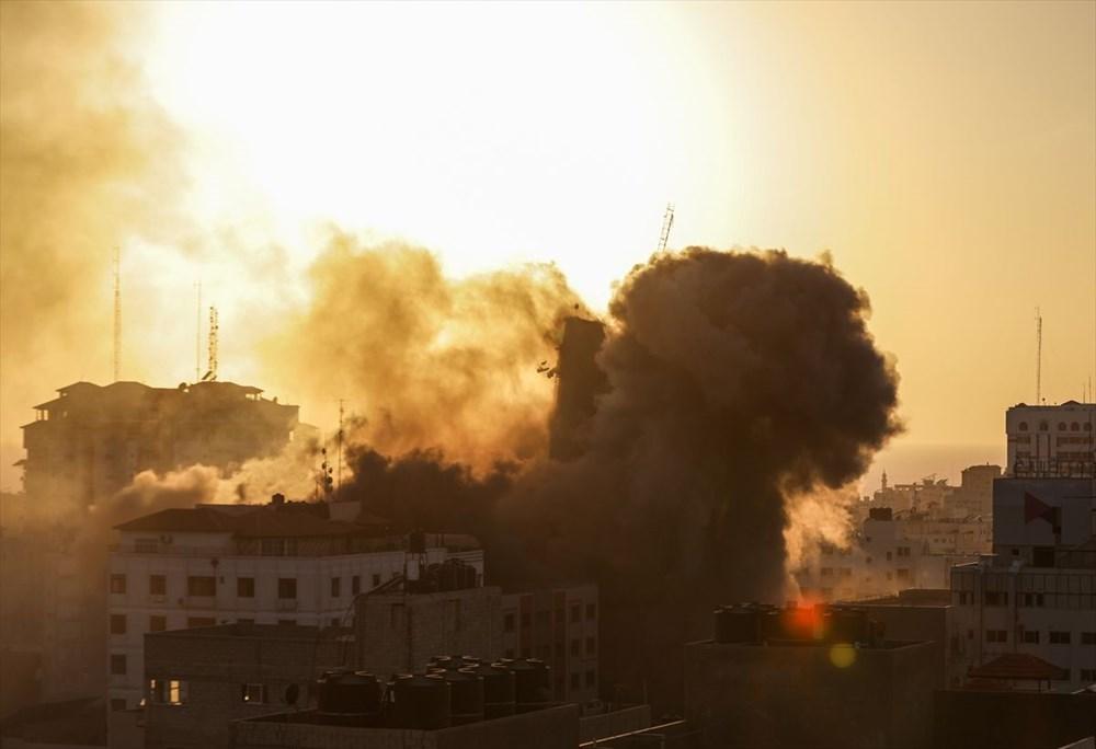 İsrail, Gazze'de sivillerin bulunduğu 14 katlı binayı vurdu - 7