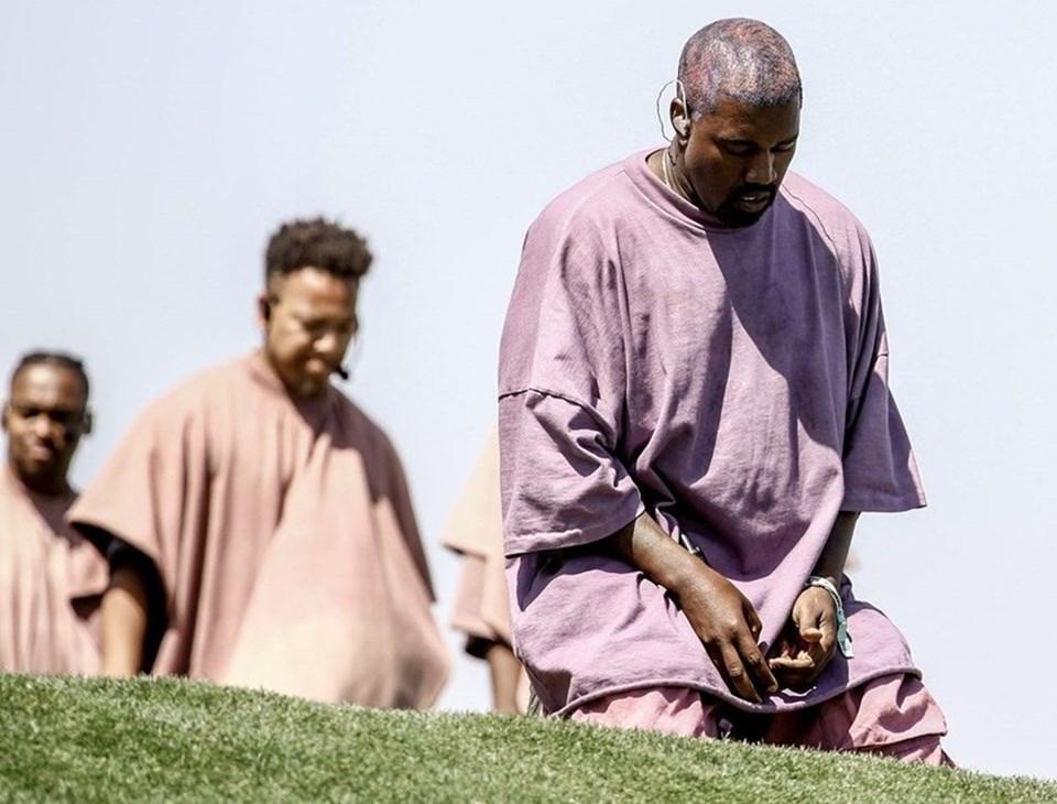 Her pazar kilise konseri veren Kanye West, gençleri yeni projesi aracılığıyla inançla buluşturmak istiyor