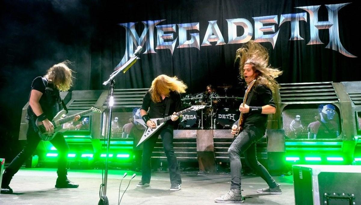 David Ellefson, kurucusu olduğu Megadeth grubundan atıldı