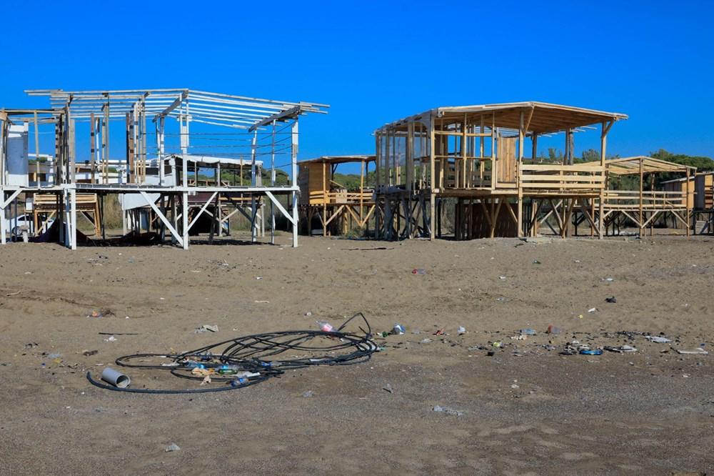 Lüks tatilin bedavaya sunulduğu 'Çardak Beach' çöplük oldu - 6