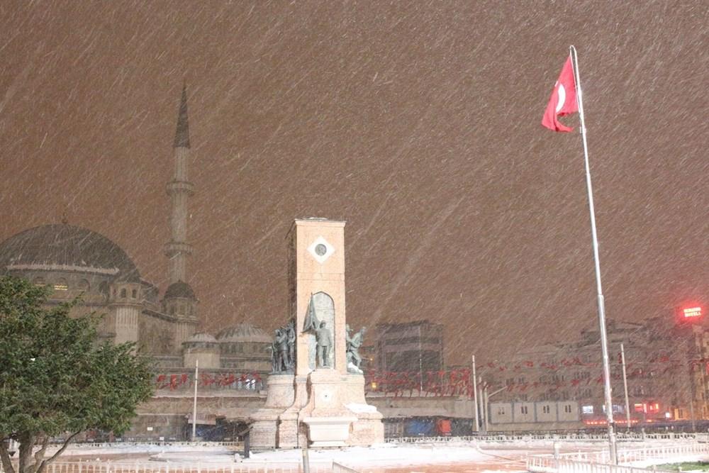 İstanbul'da kar yağışı yeniden etkisini artırdı - 24