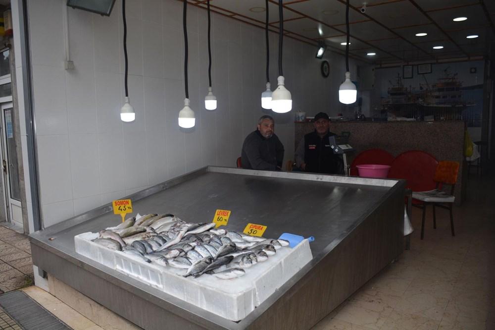 Karadeniz'de fırtına nedeniyle balık fiyatları katlandı - 3