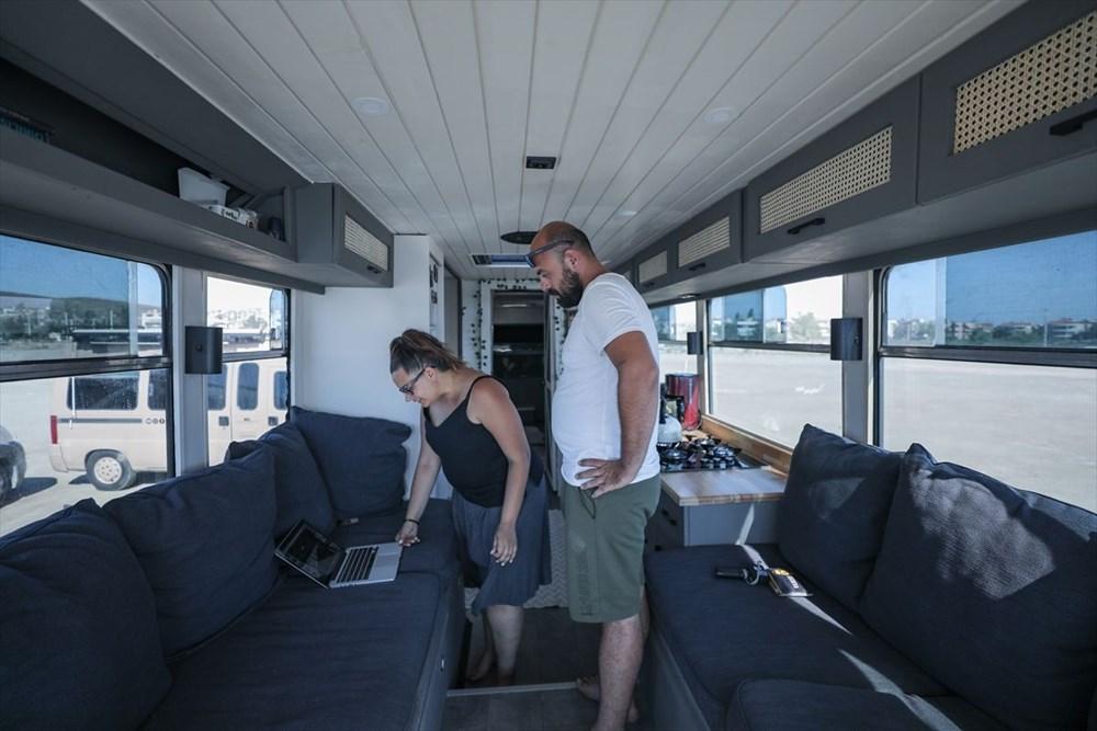İş seyahatlerinden sıkılınca otobüsü eve çevirdi - 5