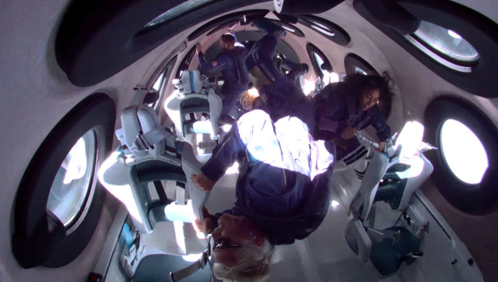 Tarihi uçuştan hemen önce:Elon Musk, Richard Branson'u ziyaret etti - 6