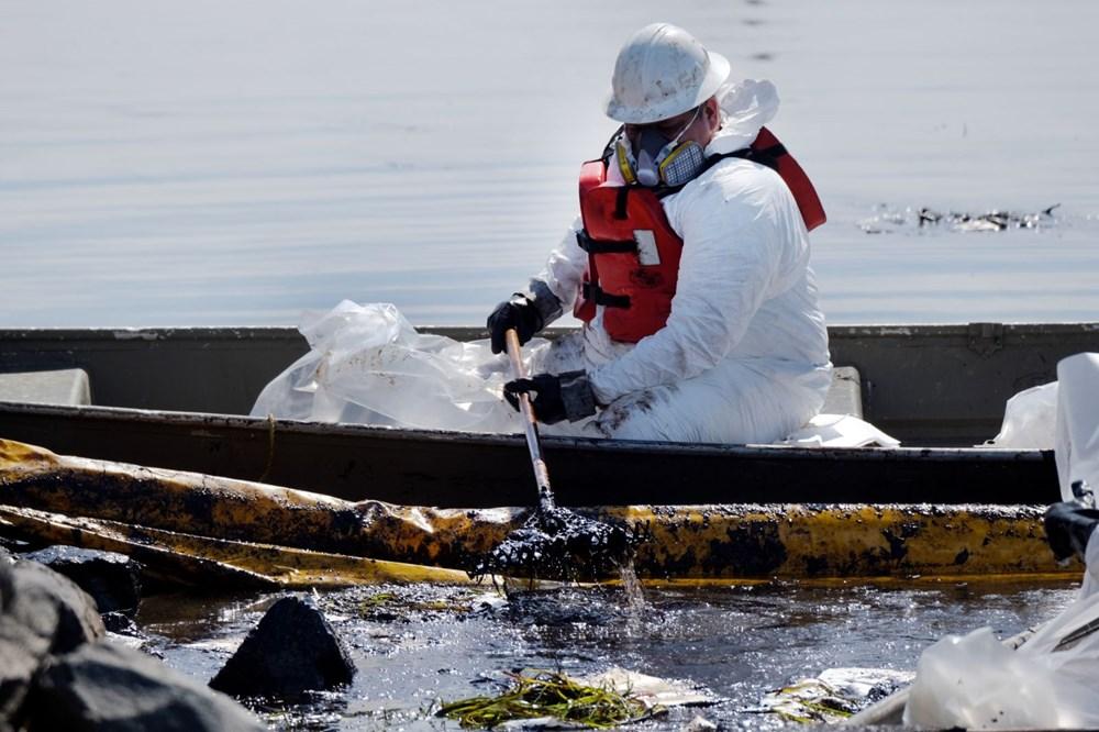 California'da çevre felaketi: Sahil petrolle kaplandı - 7