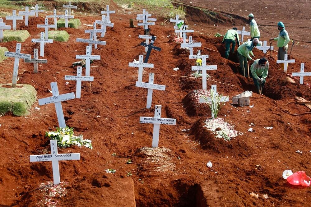 Salgında ölü sayısı 1 milyonu geçti: Dünyadaki son gelişmeler - 13