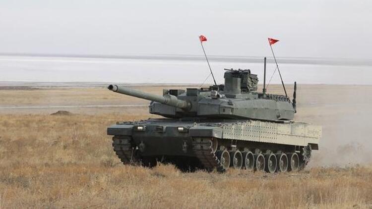 """<p>Sancak, """"Umut ediyorum ki 24 ay sonra TSK kendi eseri olan Altay'ı harp sahasında kullanacak. En geç 48 ay sonra da Altay tankı ve beraberindeki diğer ürünler Türk malı ve yerli olacak."""" bilgisini verdi.</p>"""
