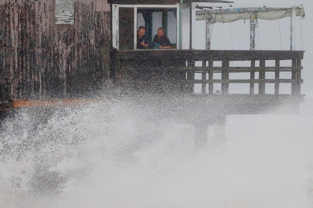 ABD'de Henri Kasırgası etkili oluyor: 140 bin haneye elektrik verilemiyor - 10