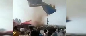cinde-hortum-sisme-trambolinleri-havaya-savurdu,sL7vvzCDkUibHWYfa789EQ.jpg