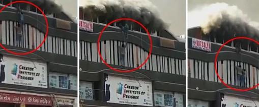 hindistan yangın.jpg
