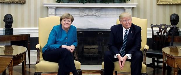 Beyaz Saray'dan Merkel ve Trump arasındaki tokalaşma 'krizine' yanıt
