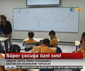 Süper çocuğa özel sınıf