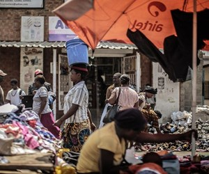 40-zambiya,LMiXEeOJOkCoCwMp99rfbQ.jpg