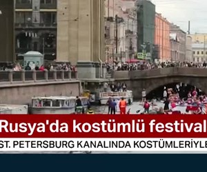Rusya'da kostümlü festival
