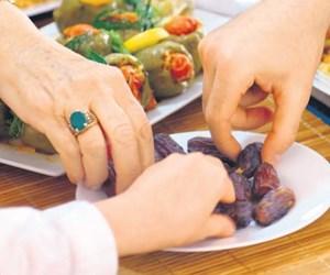 Oruç diyet programı değildir.jpeg