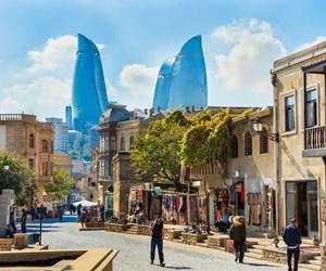 Azerbaycan-Baku-iStock-157730672.jpg