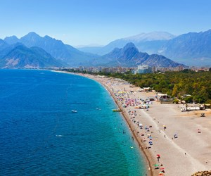 Antalya-iStock-504125374.jpg