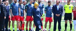 macin-baslama-vurusu-emine-erdogan-dan-9554146_o