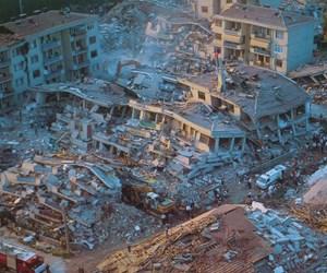 17 ağustos deprem.jpg