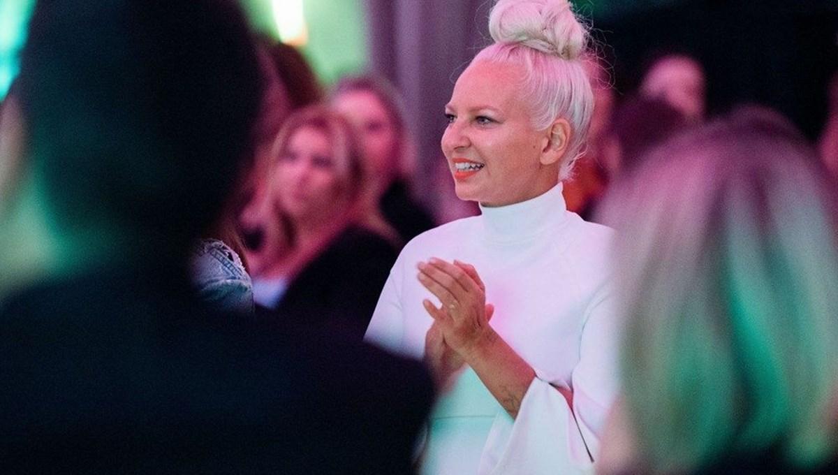 Şarkıcı Sia: Bu sefer tam batırdım
