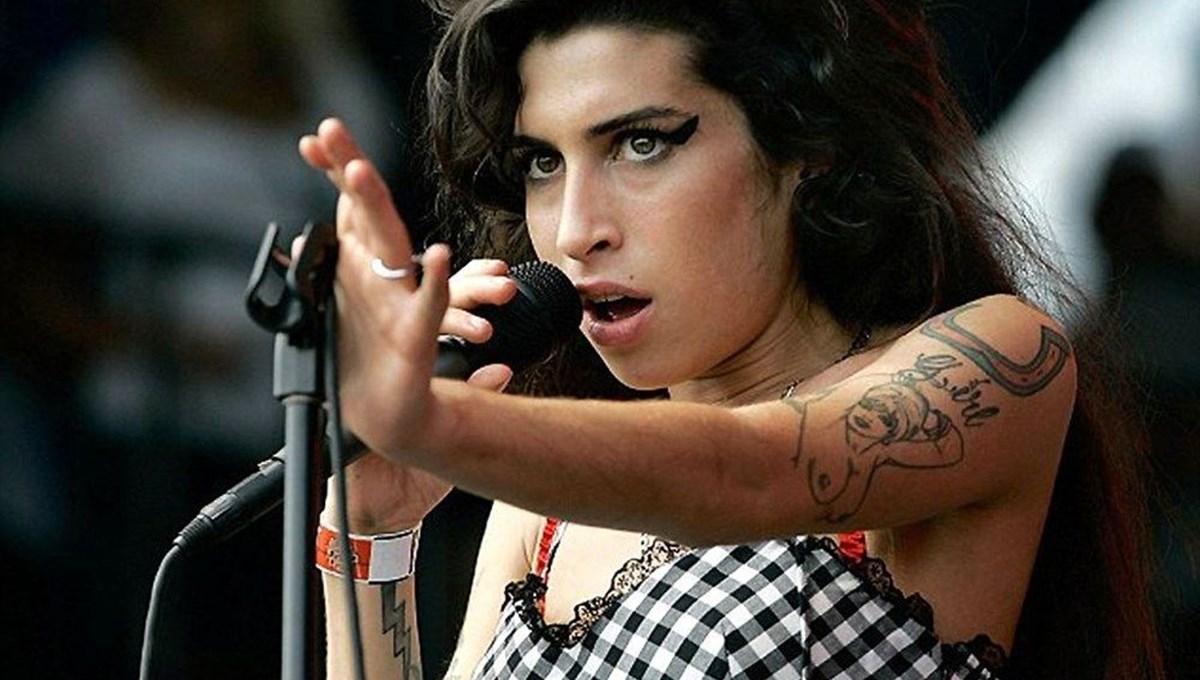 Amy Winehouse'un eşyaları açık artırmada