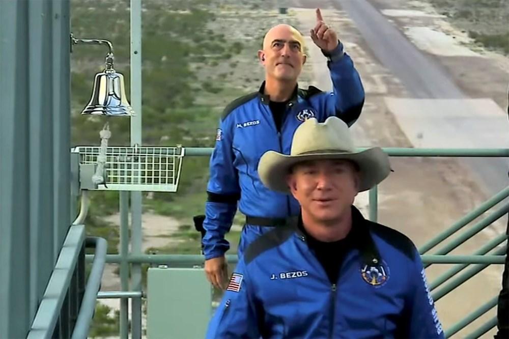 Dünyanın en zengin insanı Jeff Bezos'un uzay yolculuğu gerçekleşti - 15