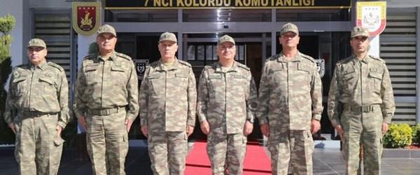Komutanlar Diyarbakır'da denetlemelerde bulundu
