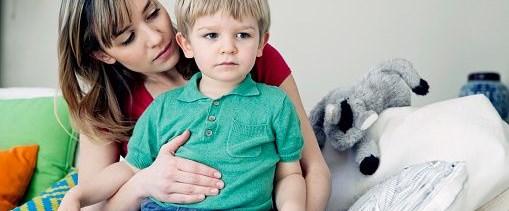 Çocukta geçmeyen karın ağrısının sebebi apandisit olabilir