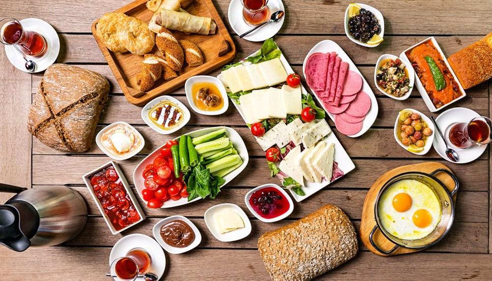 Dünya güne nasıl başlıyor: Ülkelerin kendilerine özgü kahvaltı kültürleri - 9