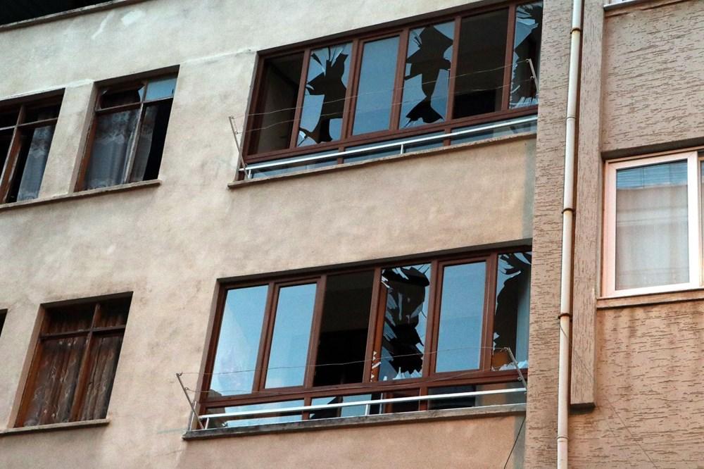 İskenderun'da patlamanın yaşandığı caddede teröre 'Türk bayraklı' tepki - 4