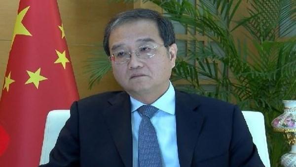 Çin Büyükelçisi Li: Çin, ABD'den önce coronavirüs aşısını bulacak