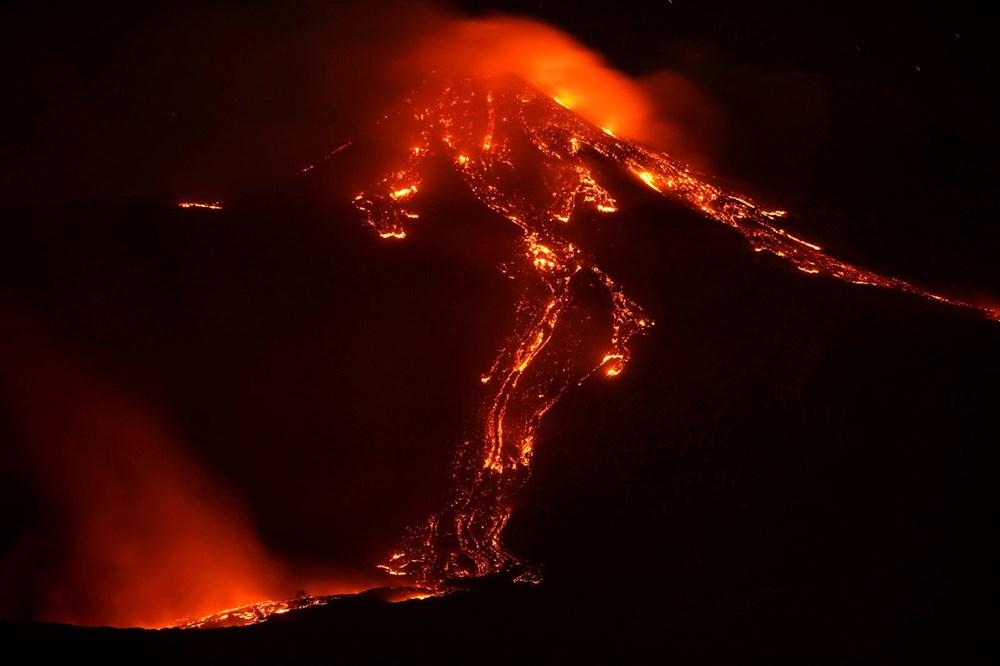 Etna Yanardağı, son bir haftada 6 kez faaliyete geçti - 11